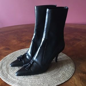 YVes Saint Laurent Black Point Toe Ankle Boots